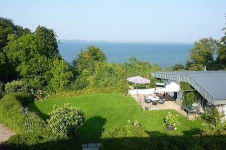 Haus Fördeblick - direkt an Wasser & Wald - Langballig - Casa