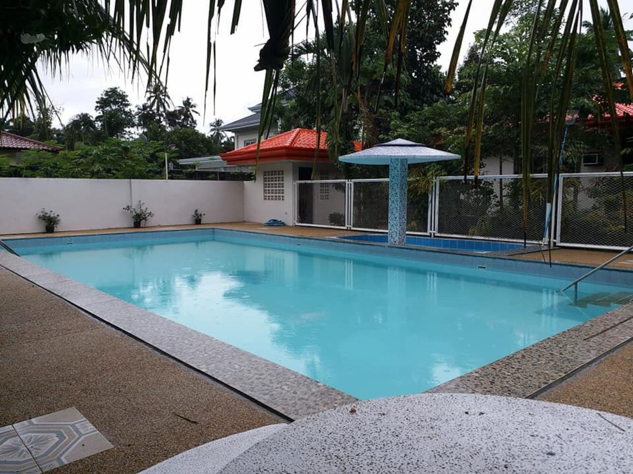 A proper use of swim wear to use the pool, guest of the renters may use the swimming pool will be charge 100 pesos per head.