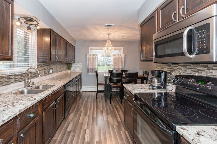 $FEB Contractors- $70 Nights Entire mnth $1500