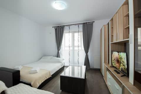 Studio 62 - Militari Residence