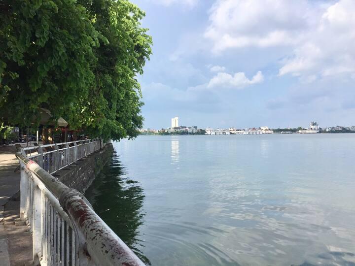 LOVE ROOM at No 2B, 50/59/23 Đặng Thai Mai, Tây Hồ