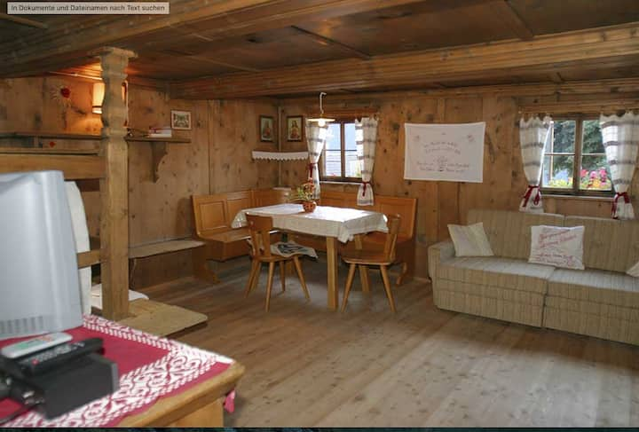 "Rustic Apartment ""Untervernatsch - Ferienwohnung Ötzi"" in Scenic Landscape with Mountain View, Wi-Fi & Garden; Parking Available, Pets Allowed"