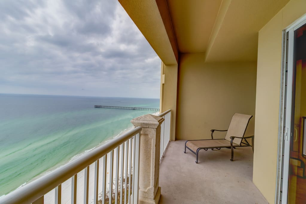 Views The Emerald Green Waters & County Pier