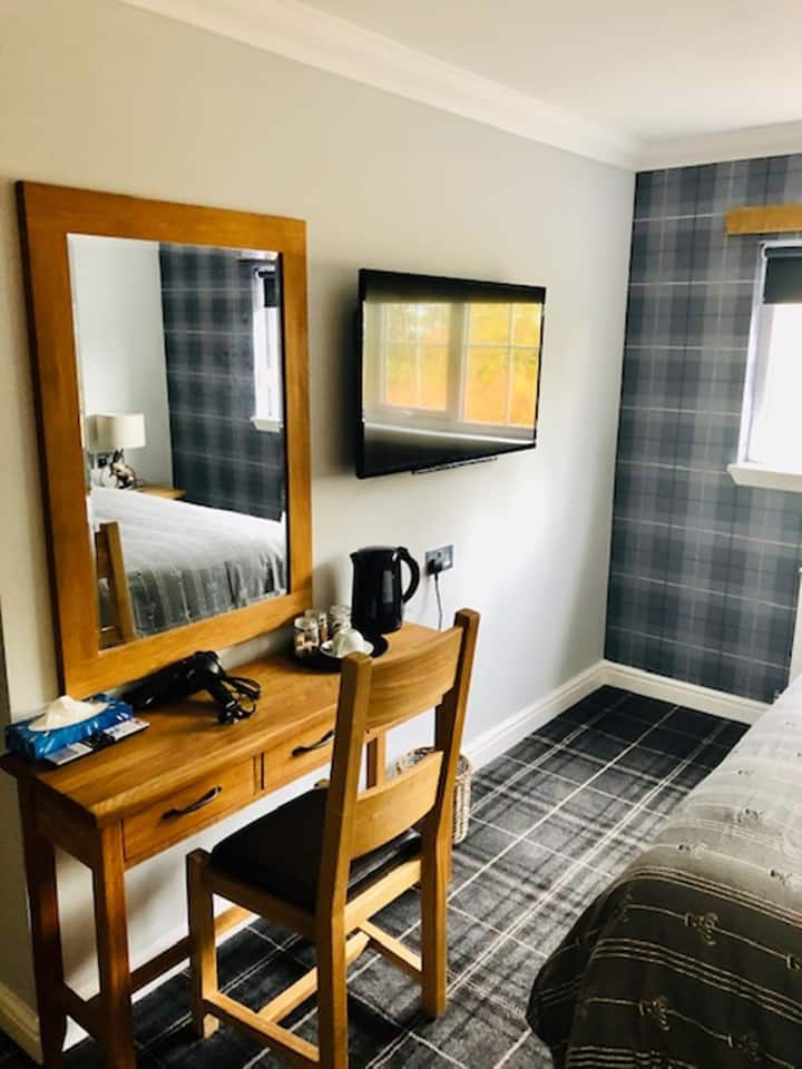 superiour double/ twin with accessible ensuite