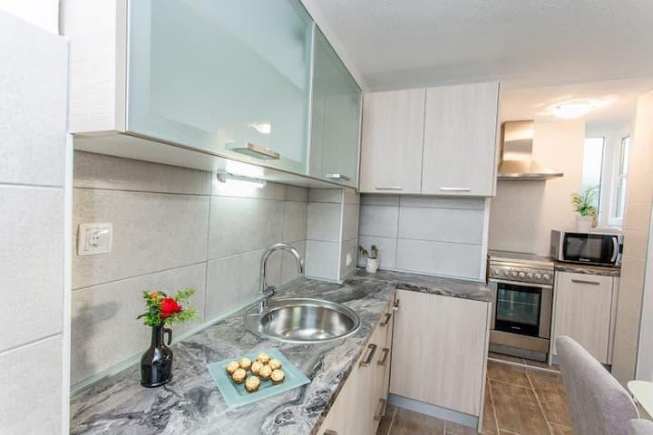 Apartment Meri 1