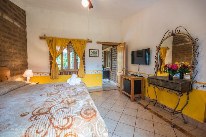 hotel casa pomarrosa habitación suite principal