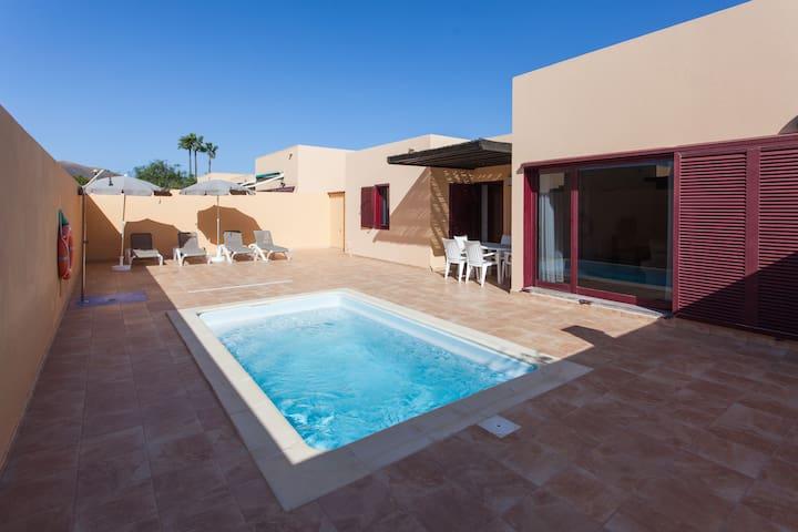 Anahi Homes Corralejo - Villa Cardón 12