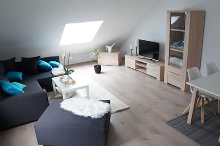 Moderne Ferienwohnung in schöner Kurstadt - Bad Ems - Wohnung