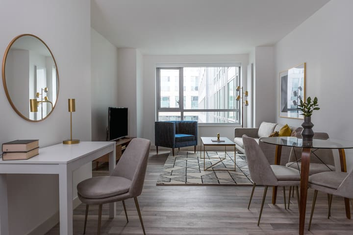 Sonder   8th Apartments   Polished 1BR + Gym