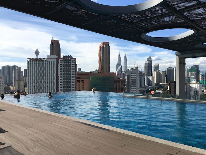 Lavish Suite with Rooftop Pool @ Pudu @ 4 mins LRT