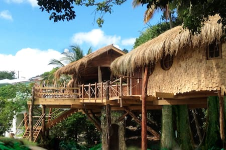 Bay Treehouse