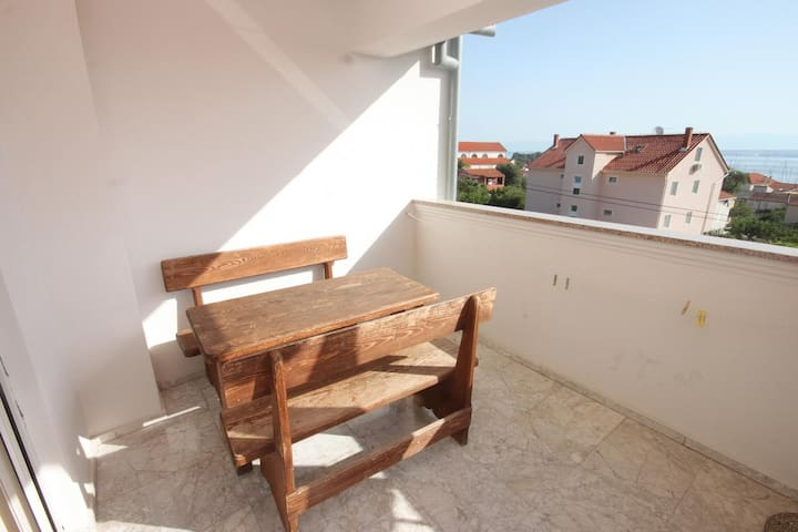 Two bedroom apartment with terrace and sea view Preko, Ugljan (A-8267-a)