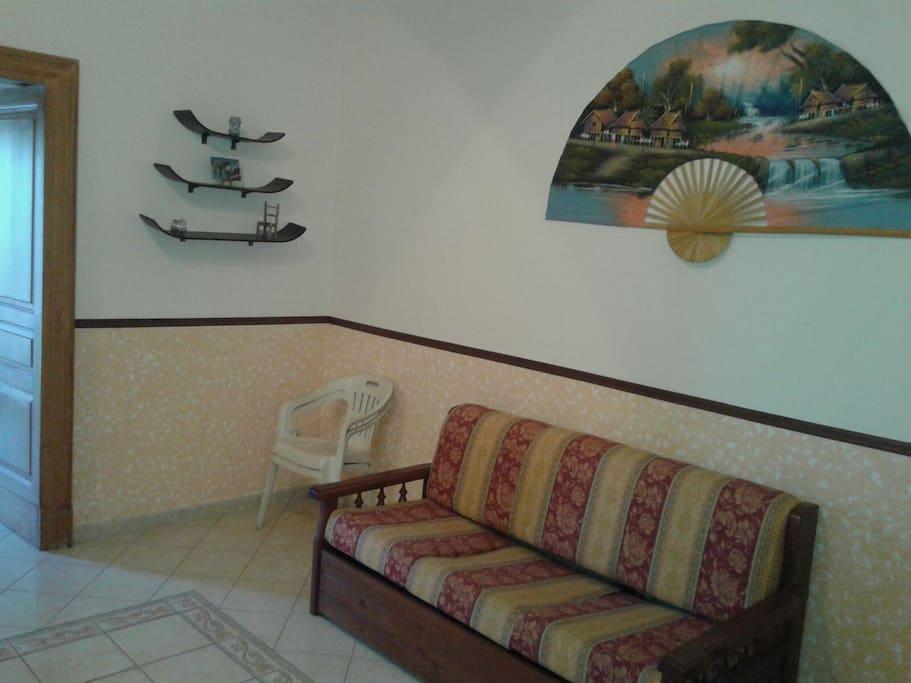 Altra stanza con divano letto