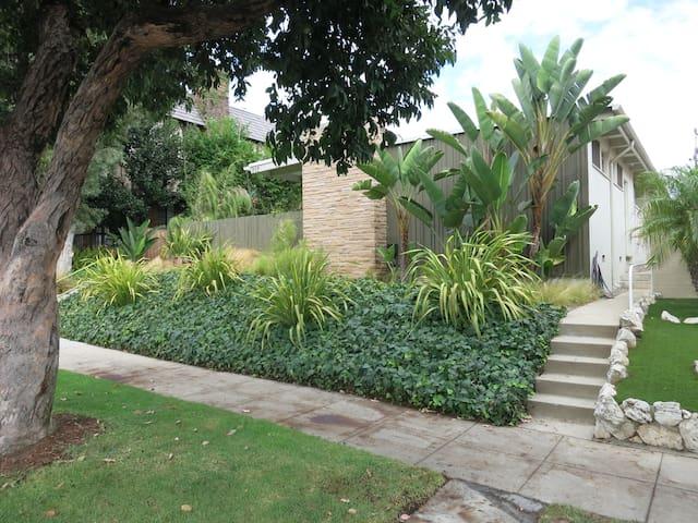 Garden Oasis Unit A