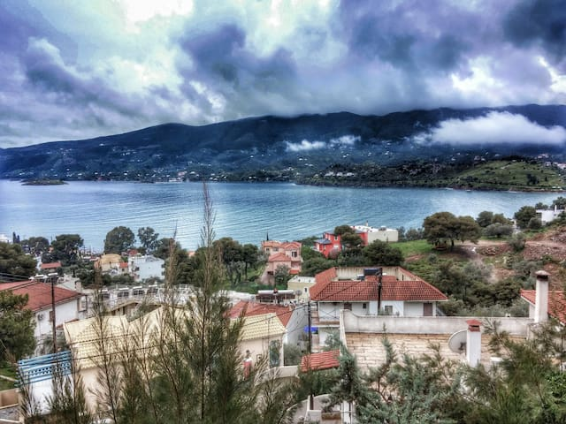 Sea View Apartment - Poros - House