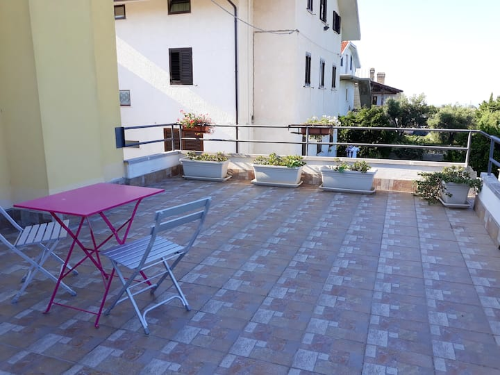 Apartment with 2 bedrooms in Canosa Sannita, with wonderful sea view, enclosed garden and WiFi