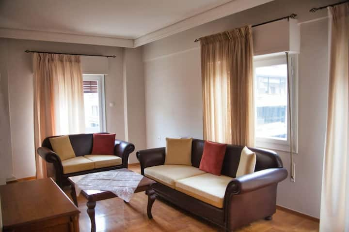 2 Bedroom Luxury Apartment in the Central Square