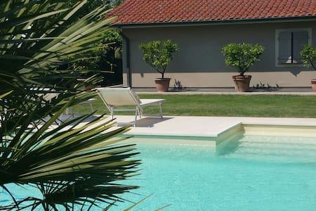 Depandance con piscina privata - Capannori