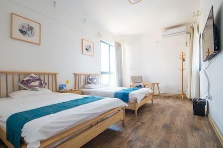 海南陵水悦海沙滩度假屋时光标准双床