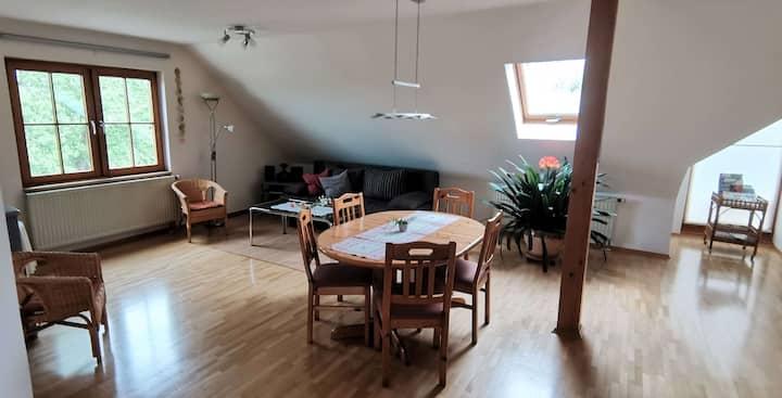 Ferienhof Hanssler, (Wilhelmsdorf), Ferienwohnung Riedblick, 60 qm, 1 Schlafraum, 1 Wohn-/Schlafraum max. 4 Personen
