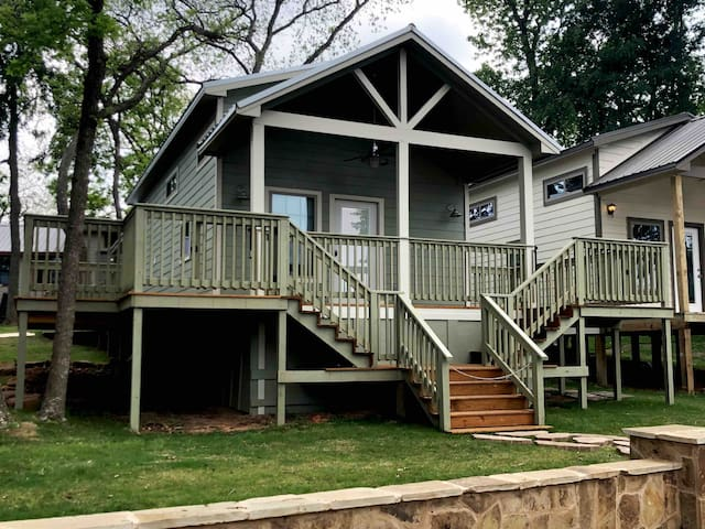 Cozy Lake Conroe Cottage-Lake Views-Lake Access