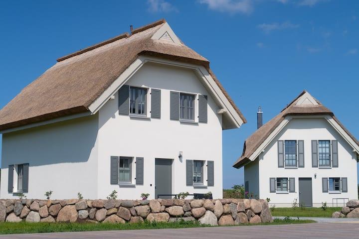 Reetdachhaus Typ A am Bakenberg