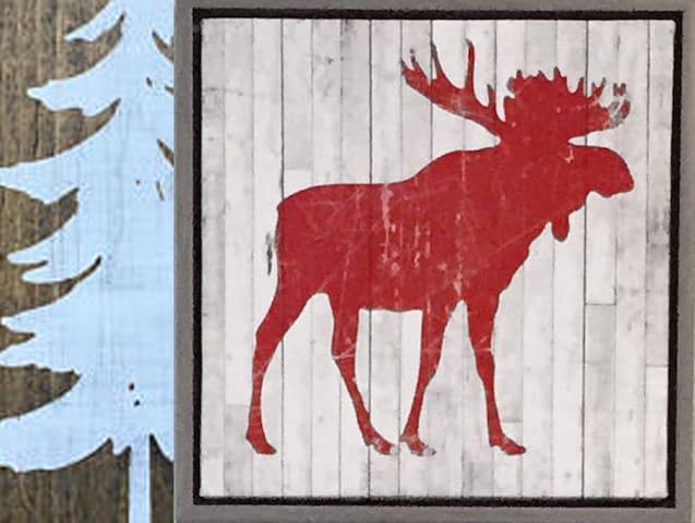 Moose Lodge - private - L'orignal  ⭐⭐⭐⭐⭐
