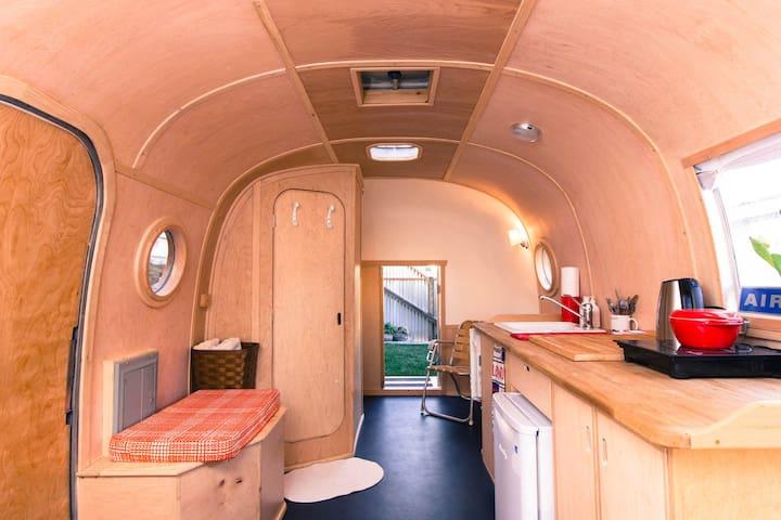 Design Classic - Renovated 18' Airstream Trailer