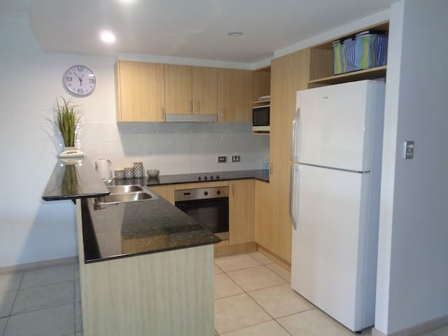 Apartment by the River - Noosaville - อพาร์ทเมนท์