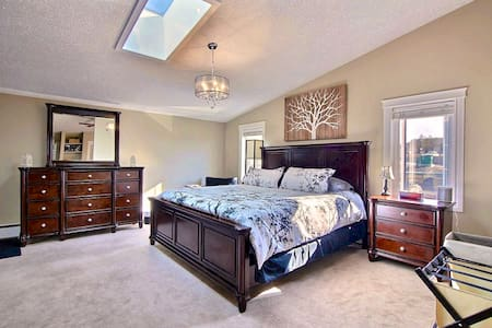 Luxury King Bed Suite