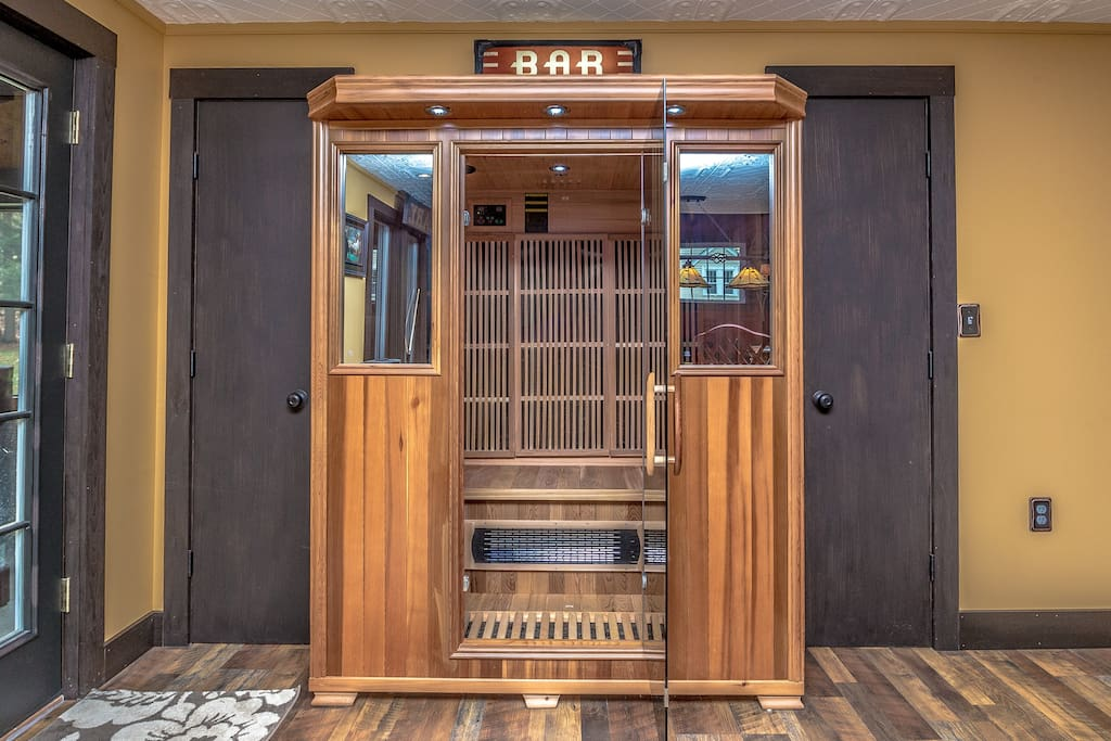 Infrared Sauna ~ great to detox from all the pollutants !