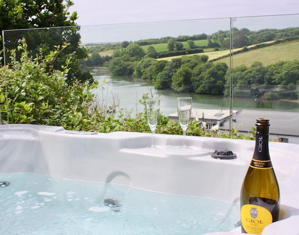 On the decking we have a Private Hot tub which overlooks the Estuary, as the hot tub is slightly sunken into the ground it provides perfect wind protection and privacy from neighbours.