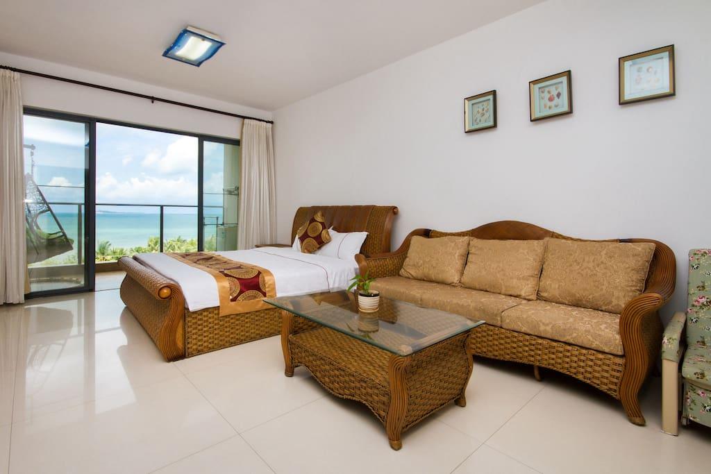 大床和沙发