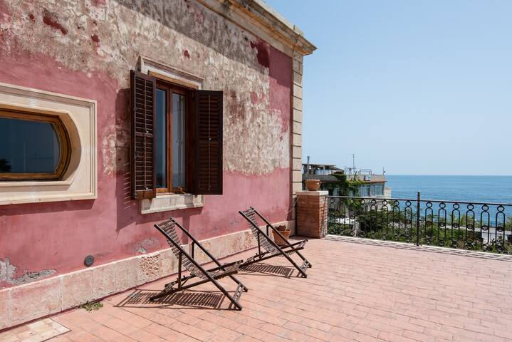 Sicilian stay by the lighthouse - Augusta - Vila