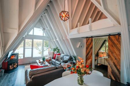 Trott Cottage Aframe on Lake Menominee