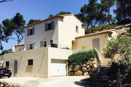 Tranquillité et proximité en Provence - Velaux