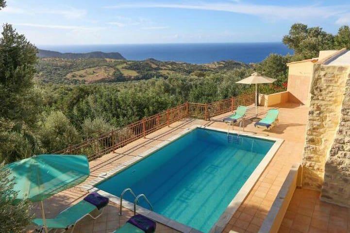 Relaxing in villa estella triopetra - Triopetra - Hus