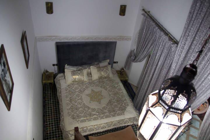 Riad Sahraui , Fes Medina 1
