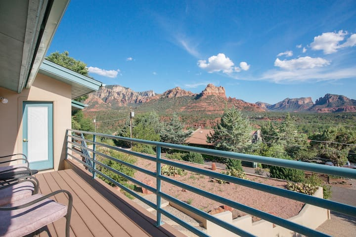 The Sedona View: The Best Views In Town!
