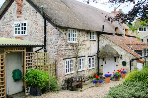 The Cottage, Chaffcombe, near Chard, TA 20 4 BH