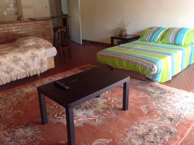 Chambre confortable région de Duras - St Astier  - Hus