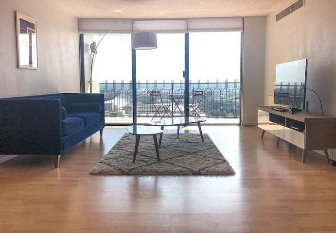 2br/2bath Furnished Luxury Suite