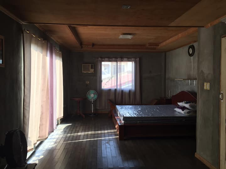 Cozy room/ Countryside/ relaxing/ quiet/ nature