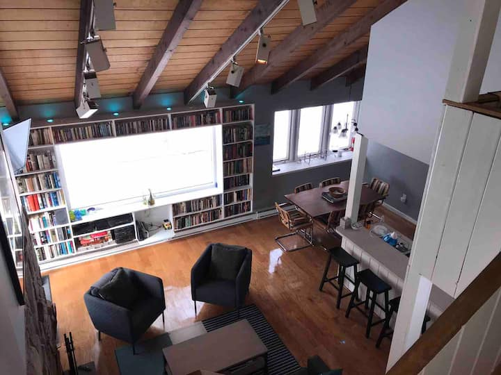 Modern Catskills Townhome, Long Term Stays Welcome