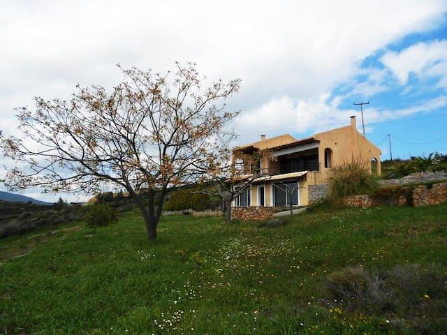 Iris residence island Evia Greece - Atenas - Villa