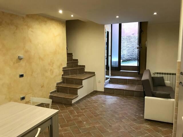 Affascinante alloggio spazioso - Ferentino - Apartemen