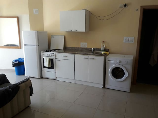 Apartment close to airport