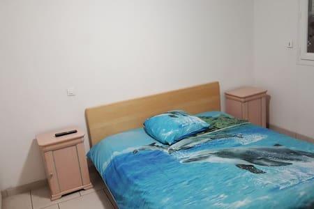 chambre double privé a louer 1/2 - Pierrelaye