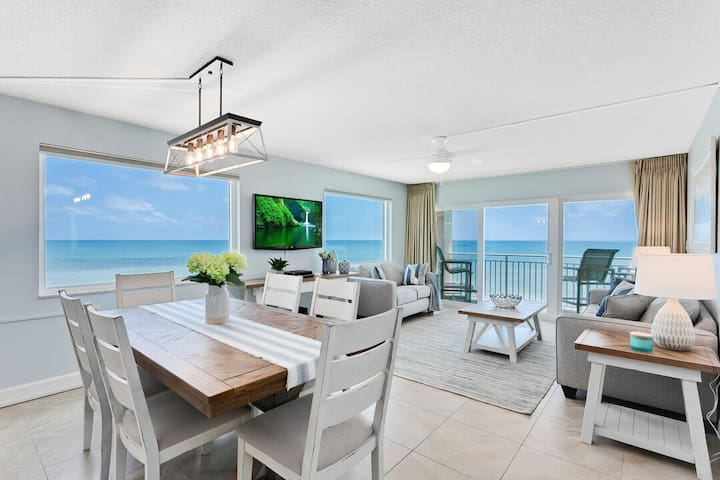 Penthouse - Private Hot Tub - Direct Oceanfront
