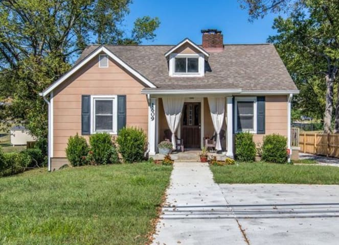 Vintage Home in East Nashville - Nashville - Casa